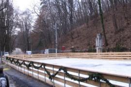 Mâine se deschide patinoarul din pădurea Trivale...